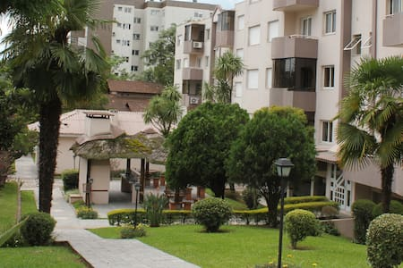 Apartamento c/ ar condicionado em Bento Gonçalves - Bento Gonçalves - アパート