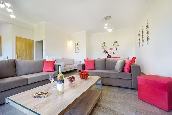 Anthos Village, 3 BD, 2 BA, in a peaceful area