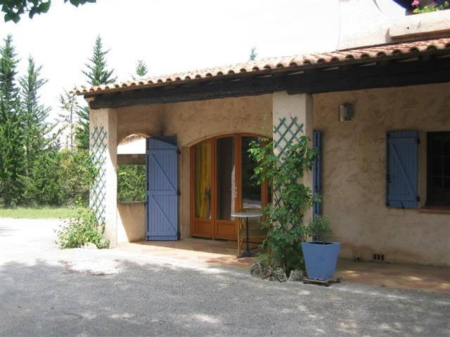 Ruime vakantiewoning in Le Val, Aix en Provence - Le Val - Cottage