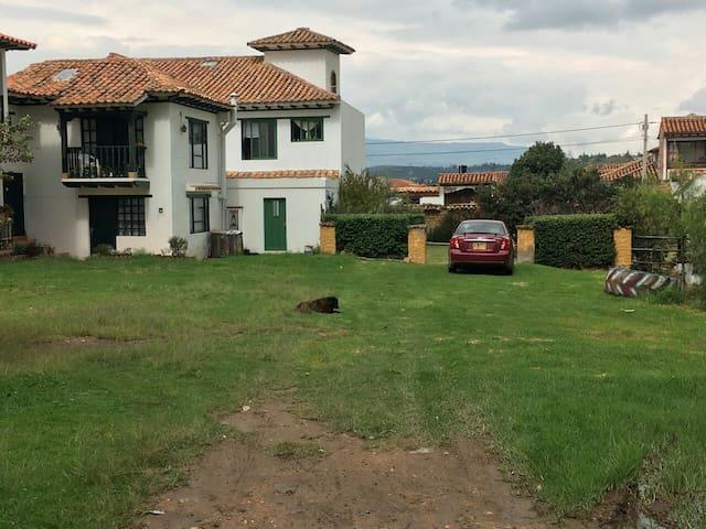 Apartaestudio cómodo con balcón - Villa de Leyva, Boyacá, CO - House