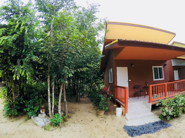 Mattree's GuestHouses 1
