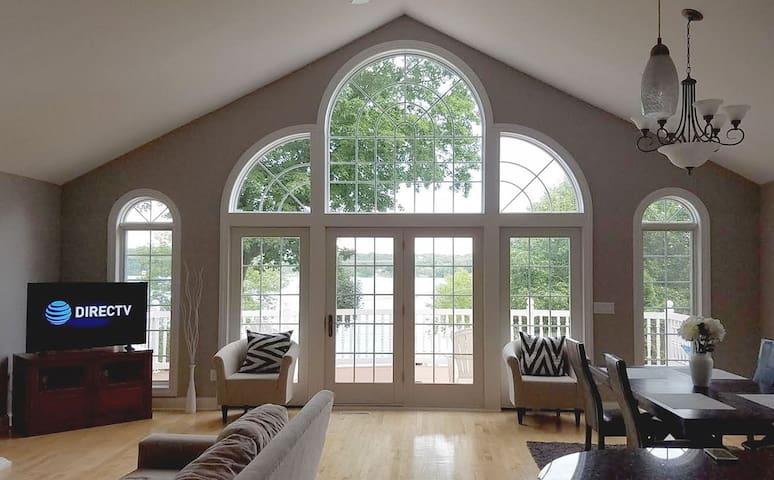 Big Cedar Lake Home Rental