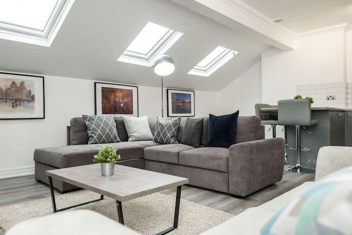 Stylish Loft Apt. in heart of Liverpool