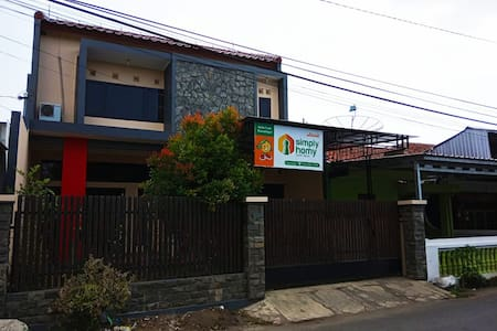 Simply Homy Guest House Unit Kota Tegal