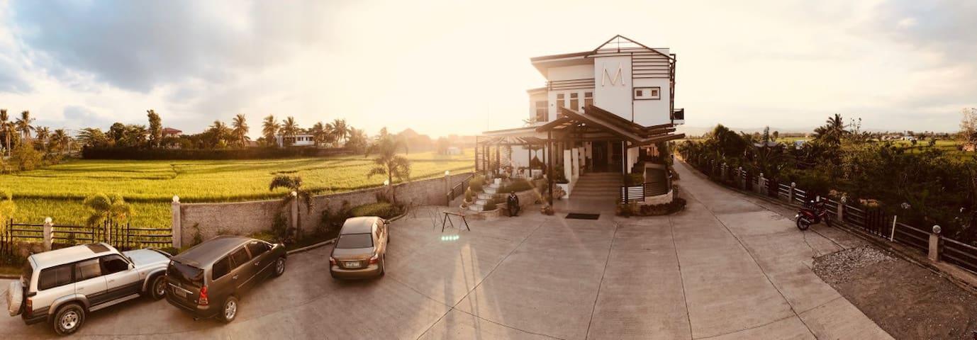 M Hotel Tabuk, Kalinga