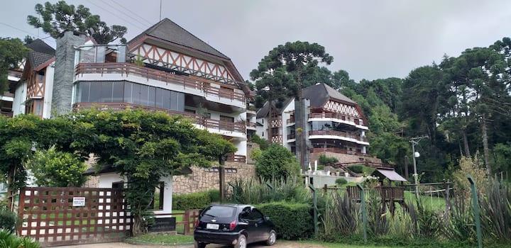 Belíssimo apartamento alto padrão na Vila Inglesa.