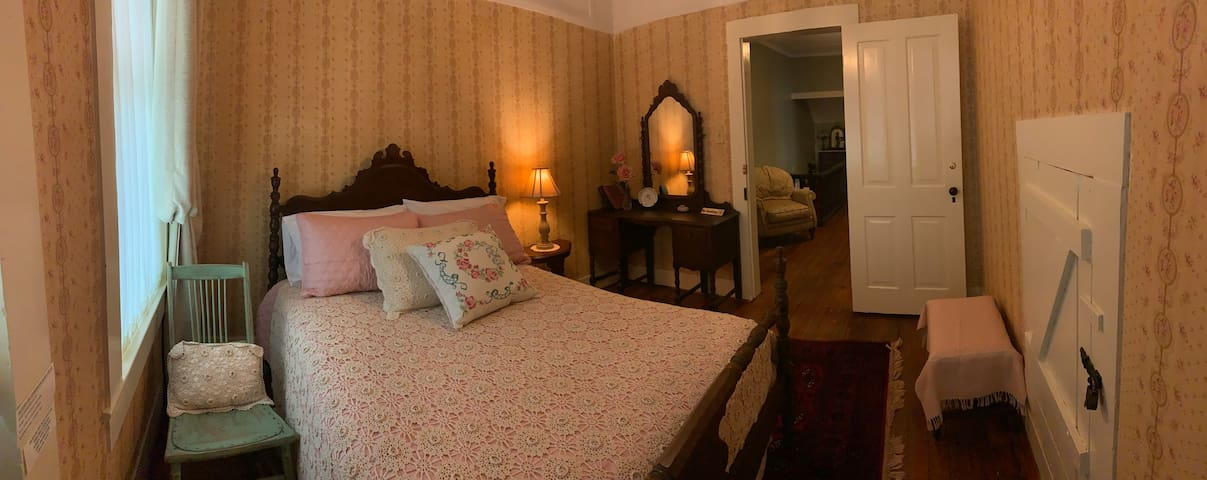 Fannie's Room with Double Bed
