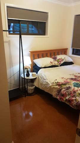 Double room in beautiful hinterland retreat :)