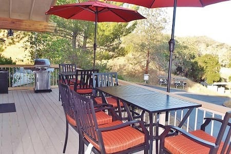 The Getaway- Relax you are at Naci! - Lake Nacimiento - Hus
