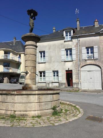 Gîte de la Fontaine 23340 FAUX LA MONTAGNE