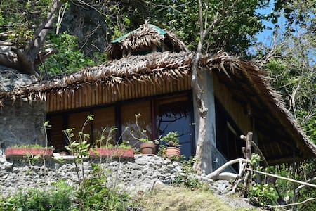 Bahay-studio on a cliff, near beach - House
