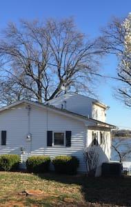Lakefront Home-Fisherman's Paridise - Grove - Casa