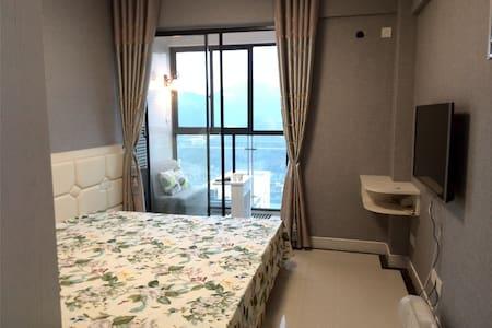 独立房源可做饭,黄山绝美江景电梯房 2M超大床Big bed Fabulous riverview
