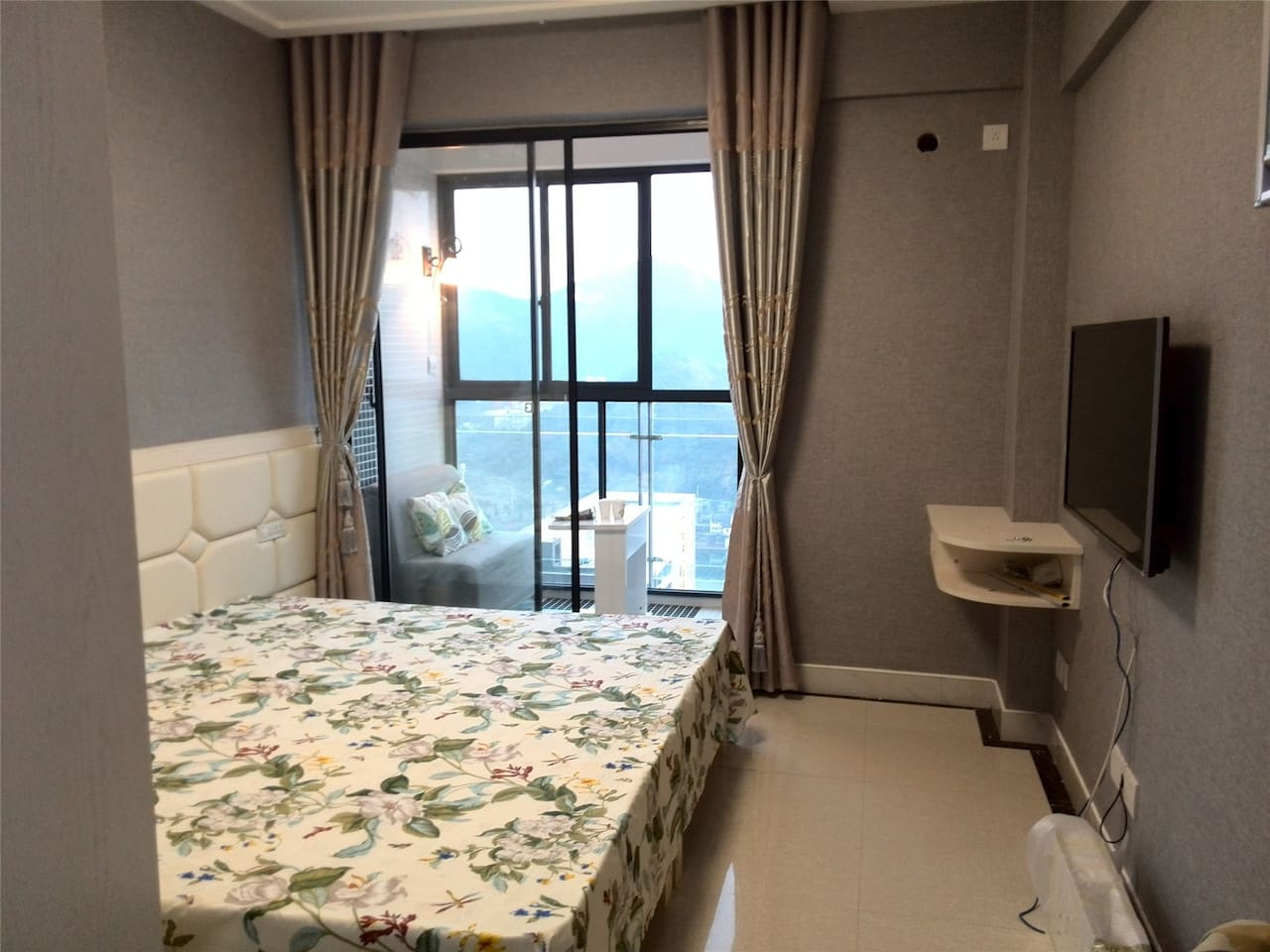 超级大床,Superbig bed,2Mx2M, 绝美江景柔软入心,Fabulous river view touches your soul