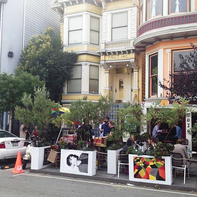 Photo of Mojo Bicycle Cafe in Alamo Square