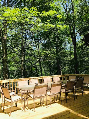 Patio furniture set on raised deck with great view. Seats 12. Great for entertaining.