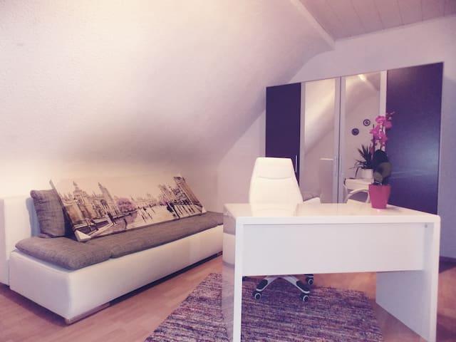 Appartement Nähe Apotheke/Arzt/Zahnarzt - Philippsburg - Appartement