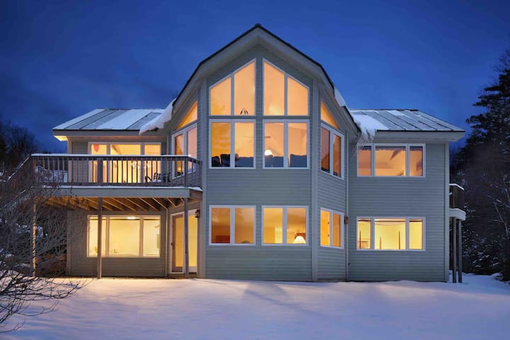 Private Home Located IN the Bretton Woods Ski Area