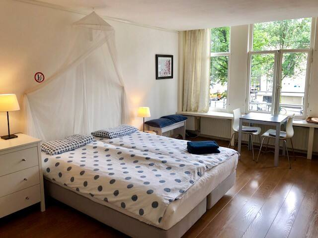 Great Canal Studio, in the old city center!