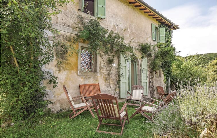 Holiday cottage with 4 bedrooms on 180m² in Arcidosso -GR-