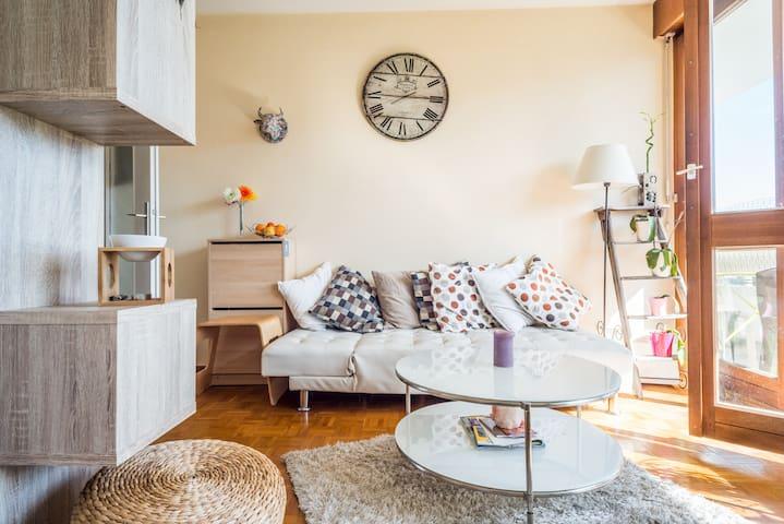 T2 lumineux - Annemasse - Apartment