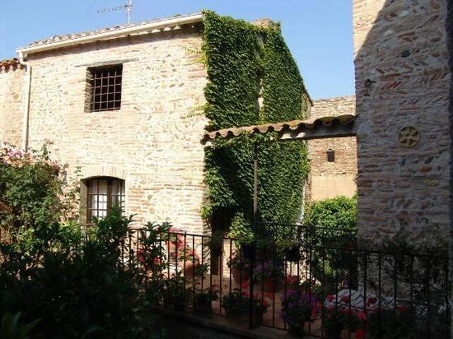 La vieille demeure (gite)