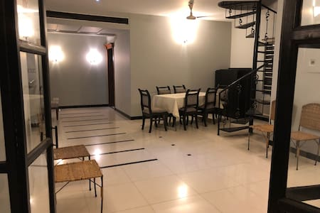 Entire Apartment with Private Roof in Gulshan