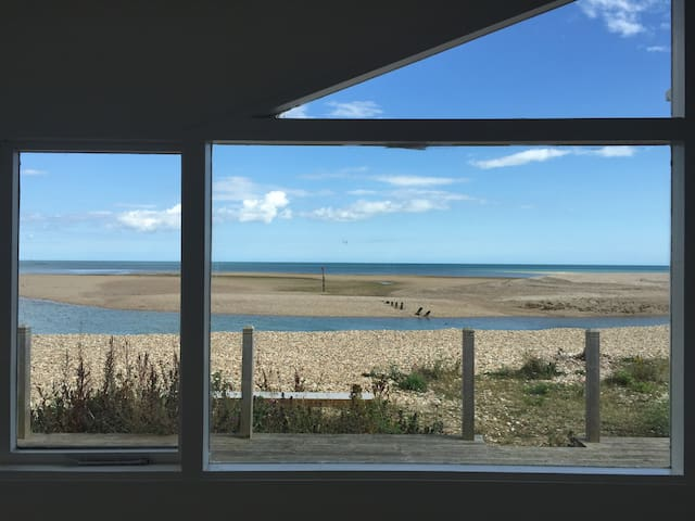 The Bolthole on Pagham Beach - West Sussex - Huis