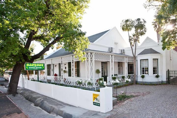 Oakdene Guest House - Comfort Single Room