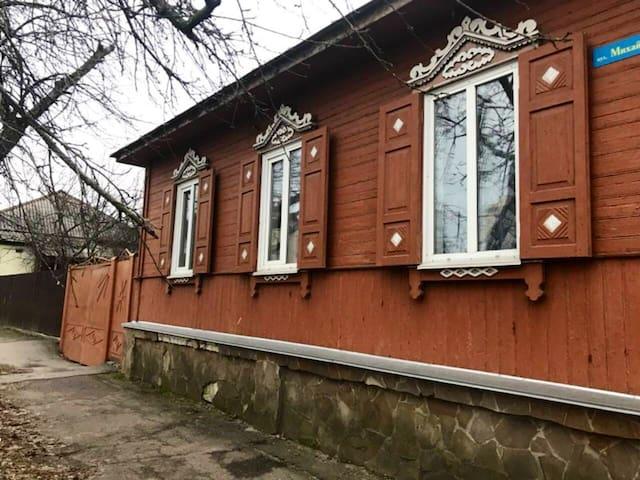 Старинный традиционный Черниговский дом