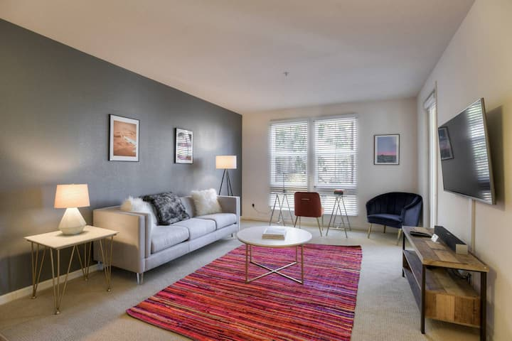 Urban  Flat | Deep Cleaned | Perfect for Business
