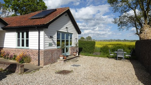 Edies Retreat - ideal for a staycation