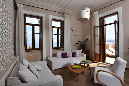 HARBOR ROOF SUITE - Chania