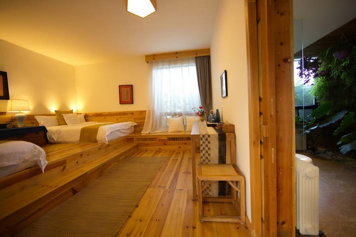 Eco style twin room with lotus pond view(荷花)