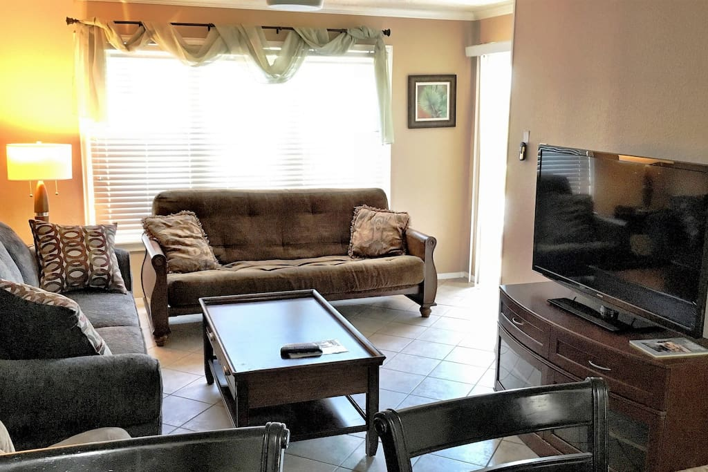 Living area w/big screen cable TV