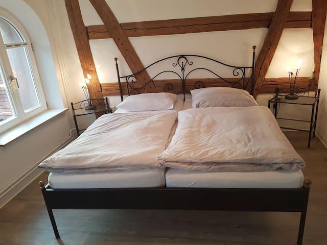 Ferienwohnungen Metzgerpost, (Altensteig), Ferienwohnung Storchennest, 59qm, 1 Schlafzimmer, große Terrasse, max. 2 Personen