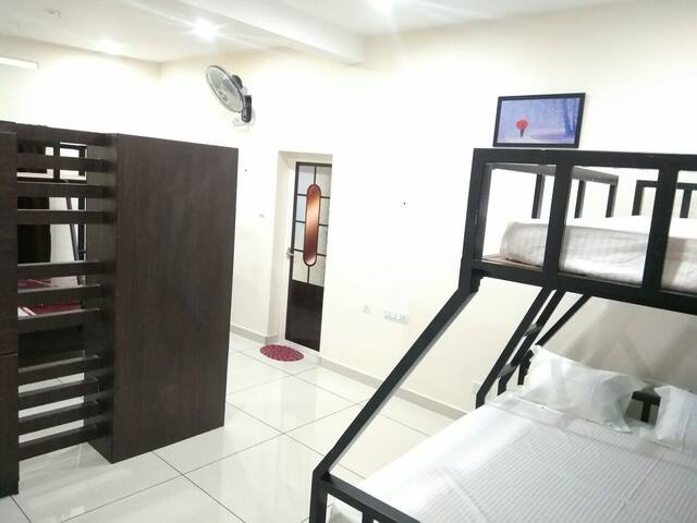 12 Bed Dormitory Room