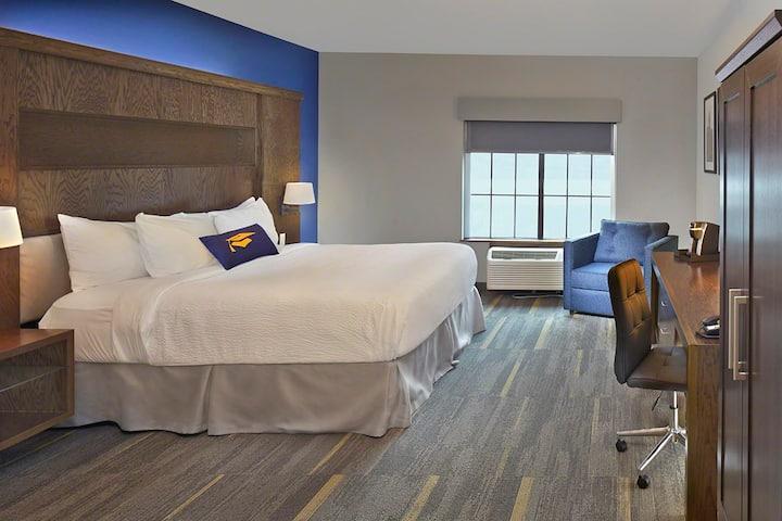 Scholar Hotel Morgantown - Deluxe King