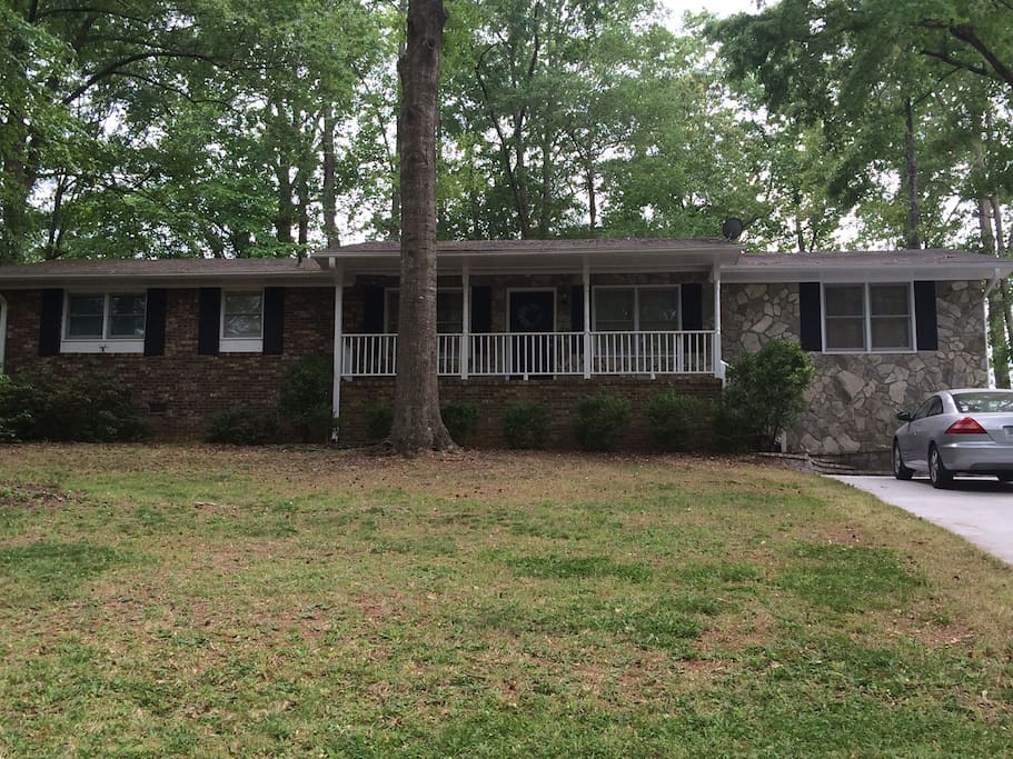 2 Bedroom House Near Downtown Solar Eclipse Houses For Rent In Greenville South Carolina