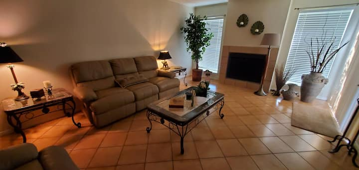 Beautiful Updated Condo w/Golf Course View