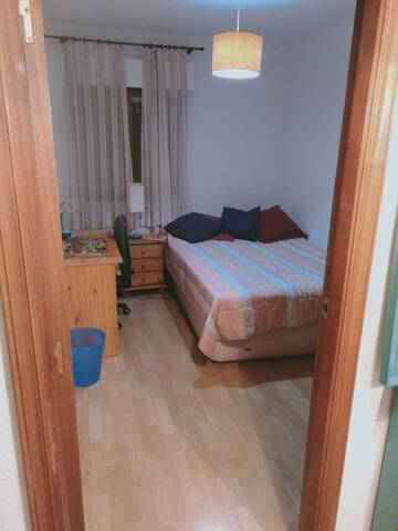Habitación doble en Madrid Río - Príncipe Pío