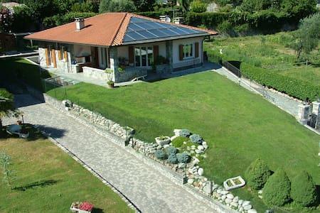 Villa a Lenno, Silvano - Lenno - Villa