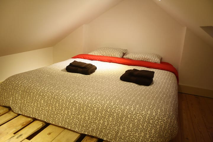 St Jorge Castle Room2