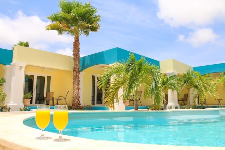 1Bdr Apartment @ Aqua Viva Suites- A Lovely Stay