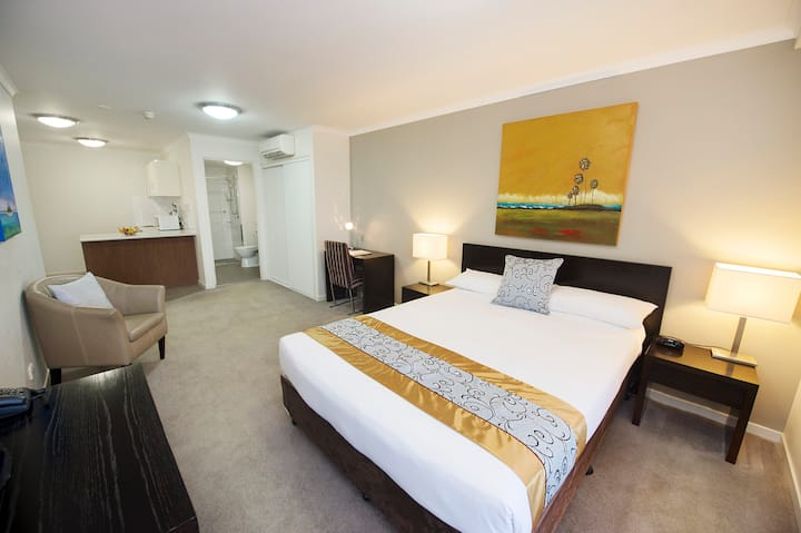 2 Bed Interconnecting Deluxe Free cleaning & WIFI