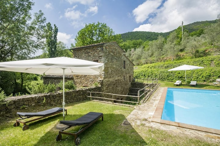 Villa Molino, relaxation in an old mill