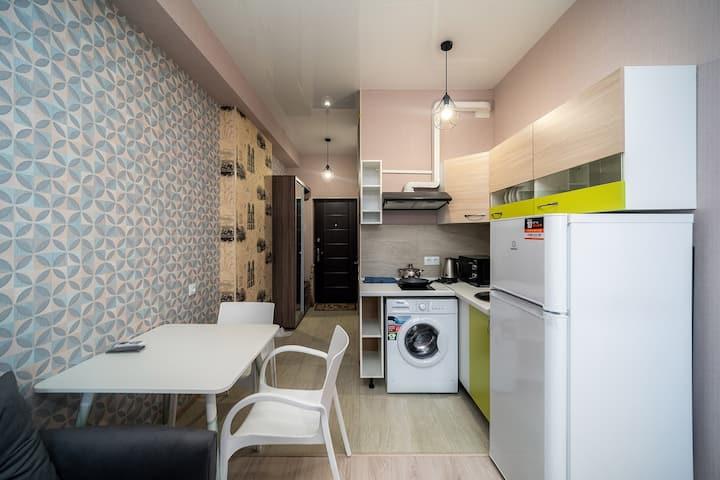 Sweet apartment near Francuzskiy bulvar