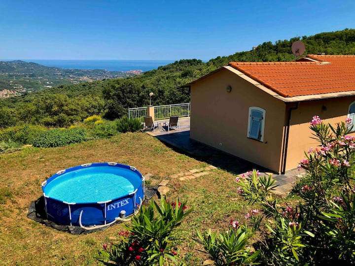 Casa Riva - a complete house with sea view