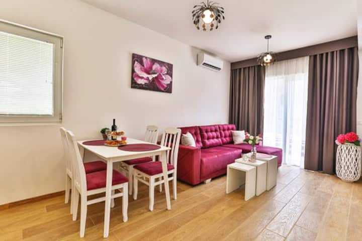 Amazing Beach 1bdr ap. with terrace free parking6