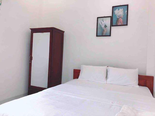 2Bedrooms super near sea, balcony and new